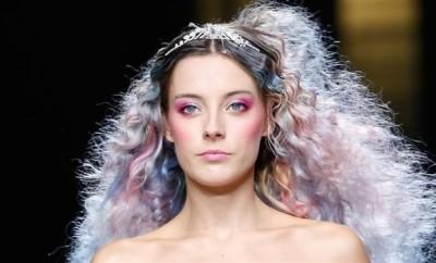 How_to_Wear_Rainbow_Hair_and_Look_Good.jpg